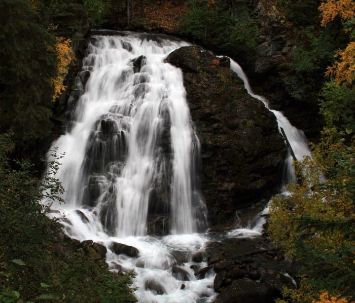 The_falls_at_the_South_Fork_Eagle_River_4141137143-700x598